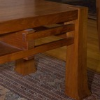 teak-coffee-table-detail-with-dust_08